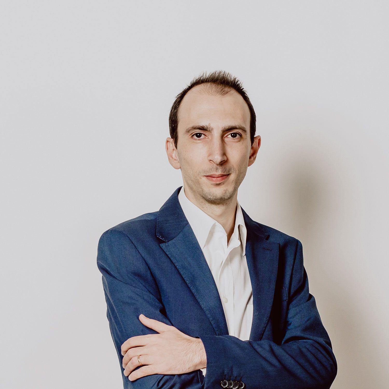 Roberto Ettorre, un professionista che realizza siti web a Pescara